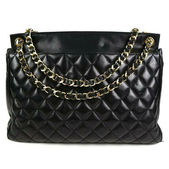 Buy: Timeless Tote Quilted Black