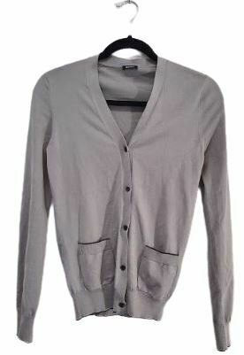 Re-sell: Grey buttoned cardigan with front pockets Size 8