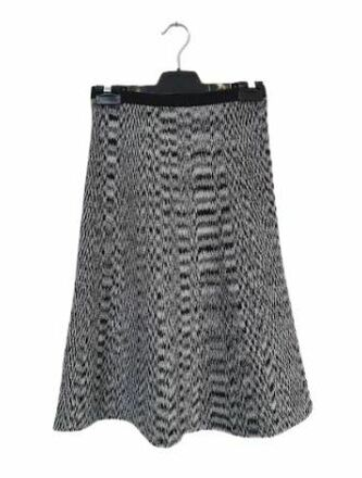 Re-sell: Paris knitted midi skirt Size 6