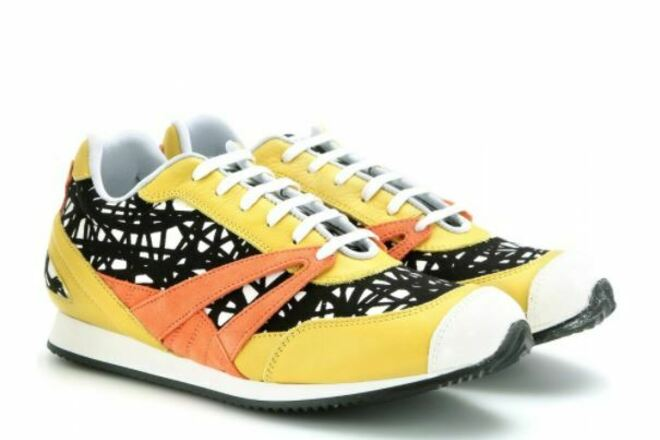 Re-sell: Printed Leather Sneakers  7.5