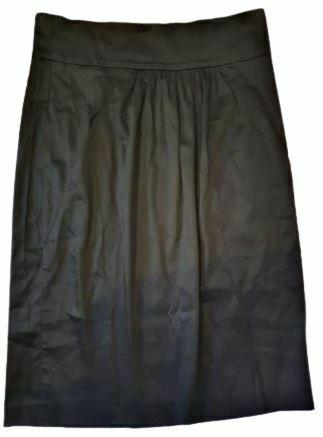 Re-sell: Black skirt Size 14