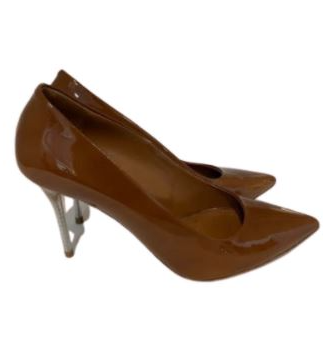 For  Sale:  Brown pointed pumps Size 9