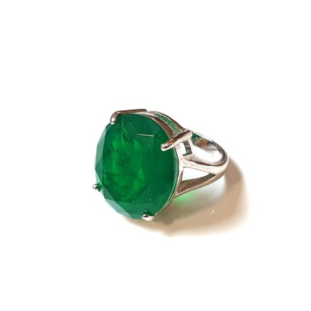 Re-sell: Emerald Ring in White Gold plated Silver Size Medium