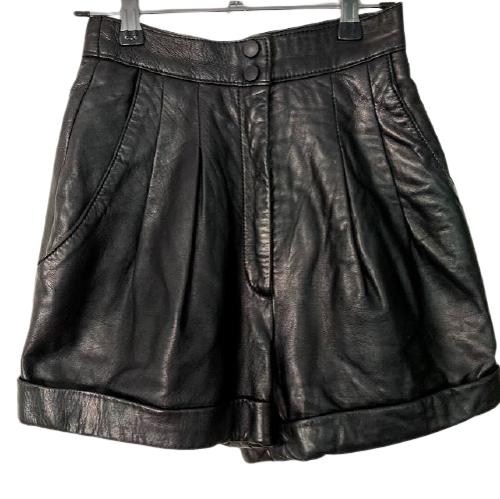 Rent: Black leather shorts Size 6