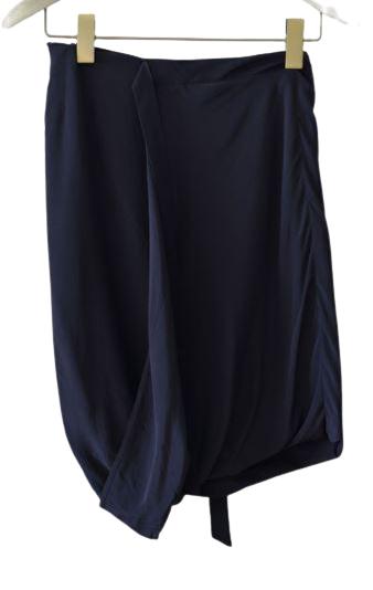 Buy: Black silk skirt Size 8