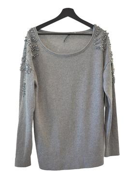 Buy: Franca Sweater in Grey